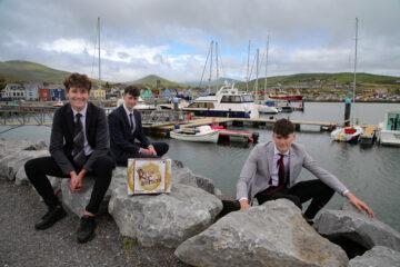 Liam Ó hÓgáin, Finn Daibhéis agus Patrick Saunders as Pobalscoil Chorca Dhuibhne, Daingean Uí Chúis, Co. Chiarraí